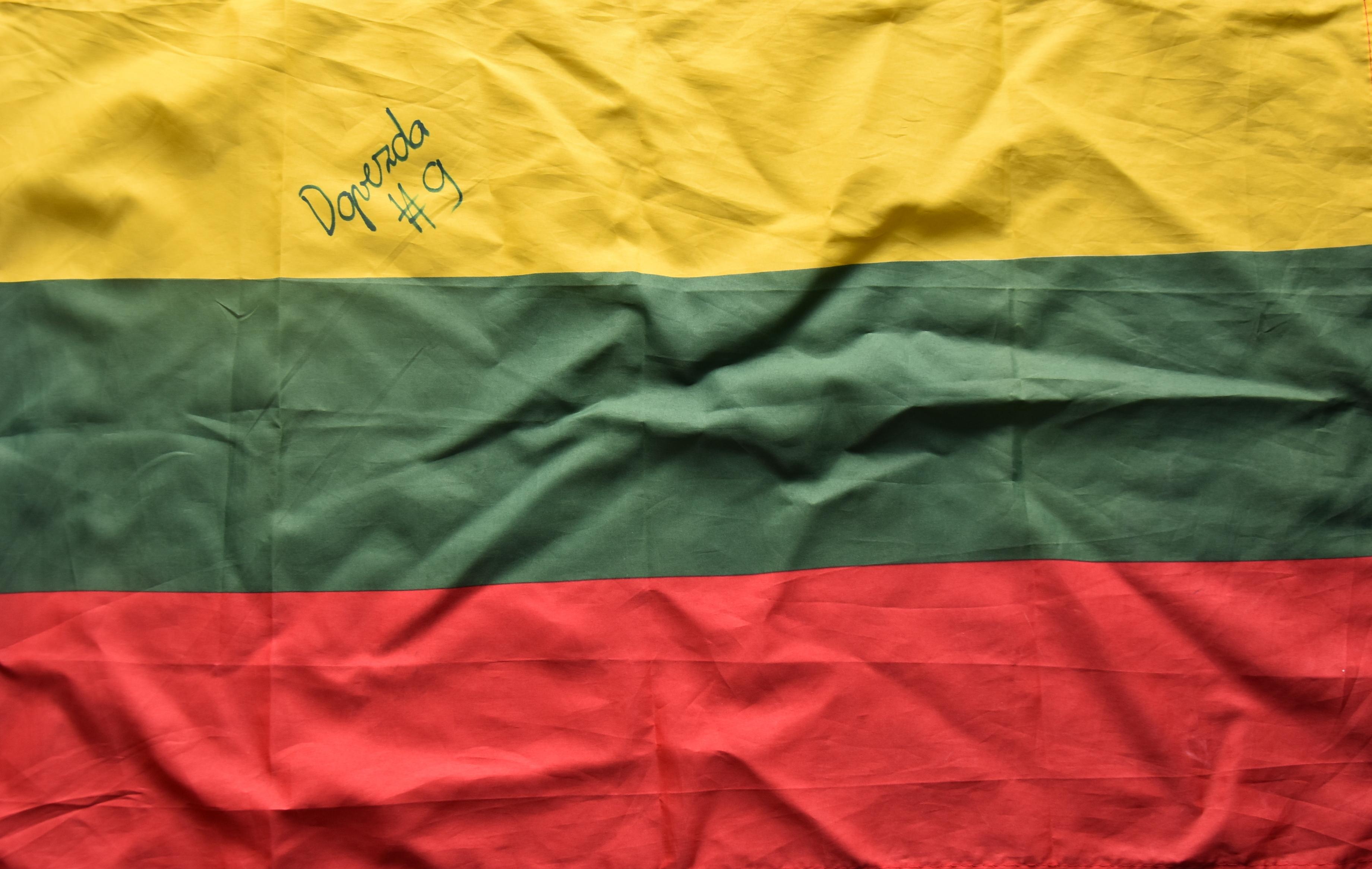 Que fleurisse l'unité LITUANIE